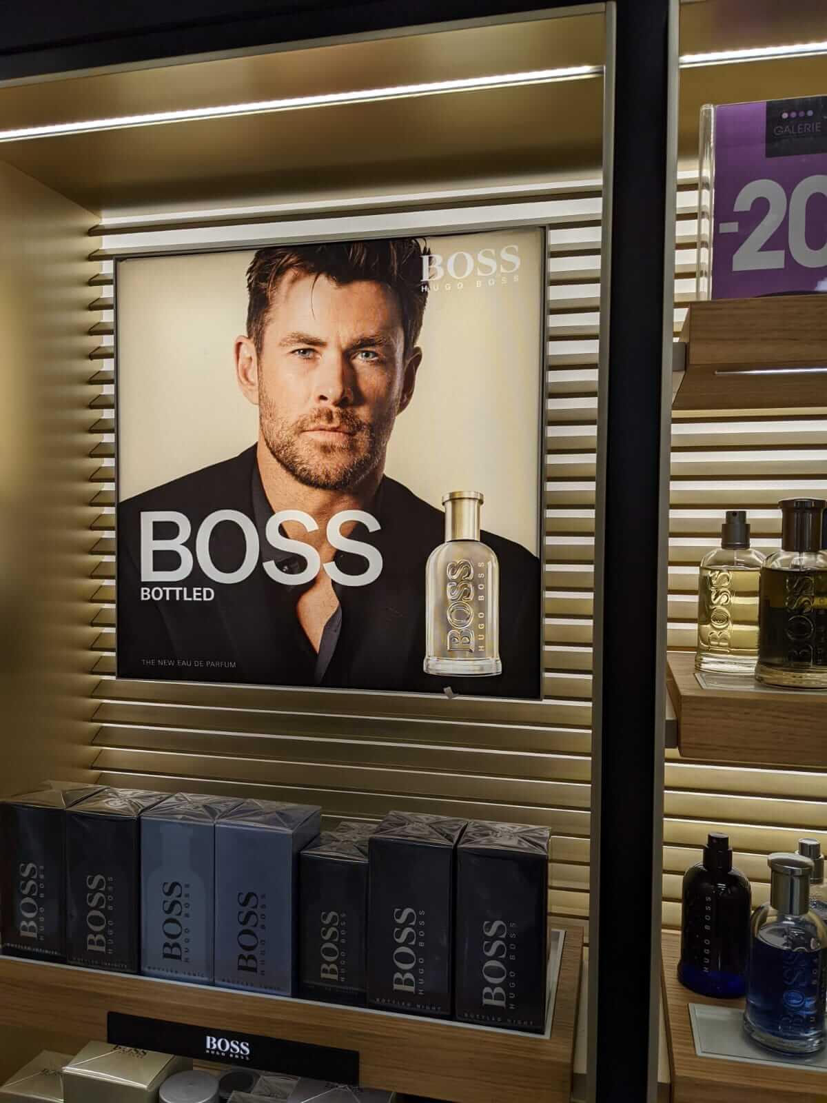 Boss lightbox close up